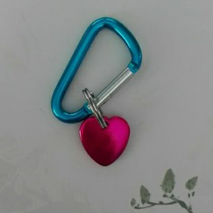 4cm bar keychain with pink small heart tag 1608019